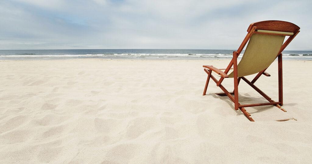 Sdraio nella spiaggia